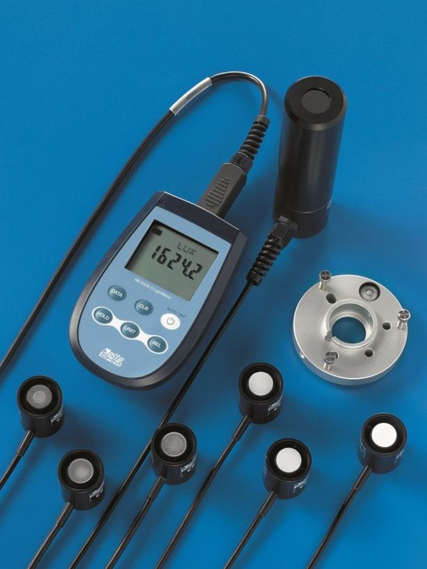 HD2302.0 portable luxmeter & radiometer