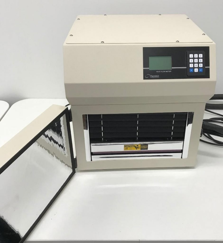 Heat flow meter for thermal conductivity testing